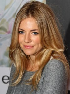 cos-blonde-hair-0411-sienna-miller-lg_large